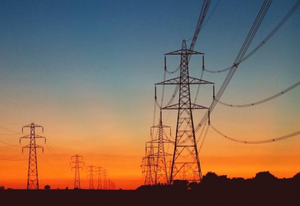 Brasil tem uma das maiores cargas tributárias em energia elétrica, diz estudo
